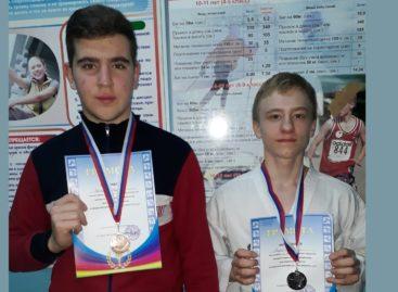 Сальские каратисты представили наш район в Ростове