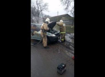 В Гиганте сгорел автомобиль, работавший в такси