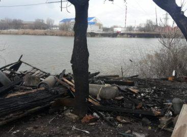 Первые весенний пожар случился на Кучерде