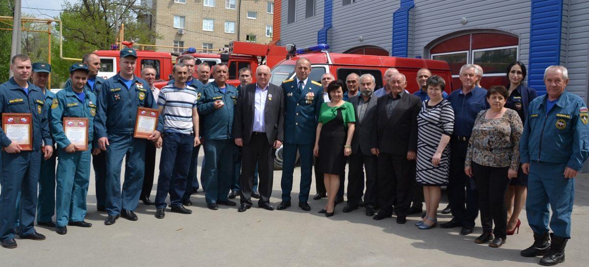 В пожарной части Сальска прошли торжества, посвящённые 370-летию пожарной охраны