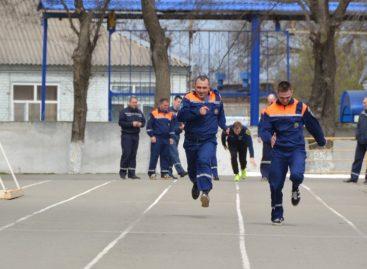 Сальские спасатели подтвердили квалификацию