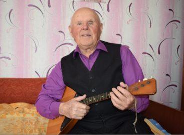 Как сохранить жизнелюбие в 90, знает долгожитель Сальского района