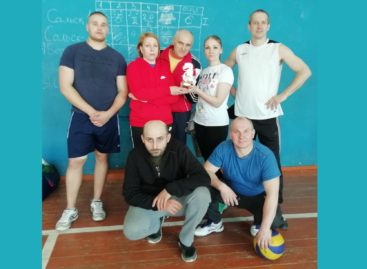 Волейболом объединяем села: в Сандате и Березовке сыграли команды из трех районов