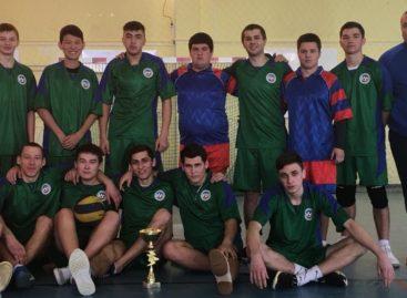 Сальчане победили в спартакиаде учащихся сузов среди пяти районов