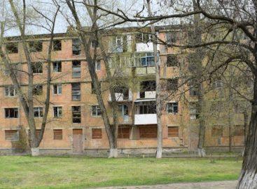 Аварийный дом в Сальске могут снести через суд