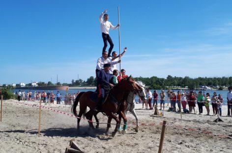 Близ Старочеркасской прошли казачьи игры – шермиции