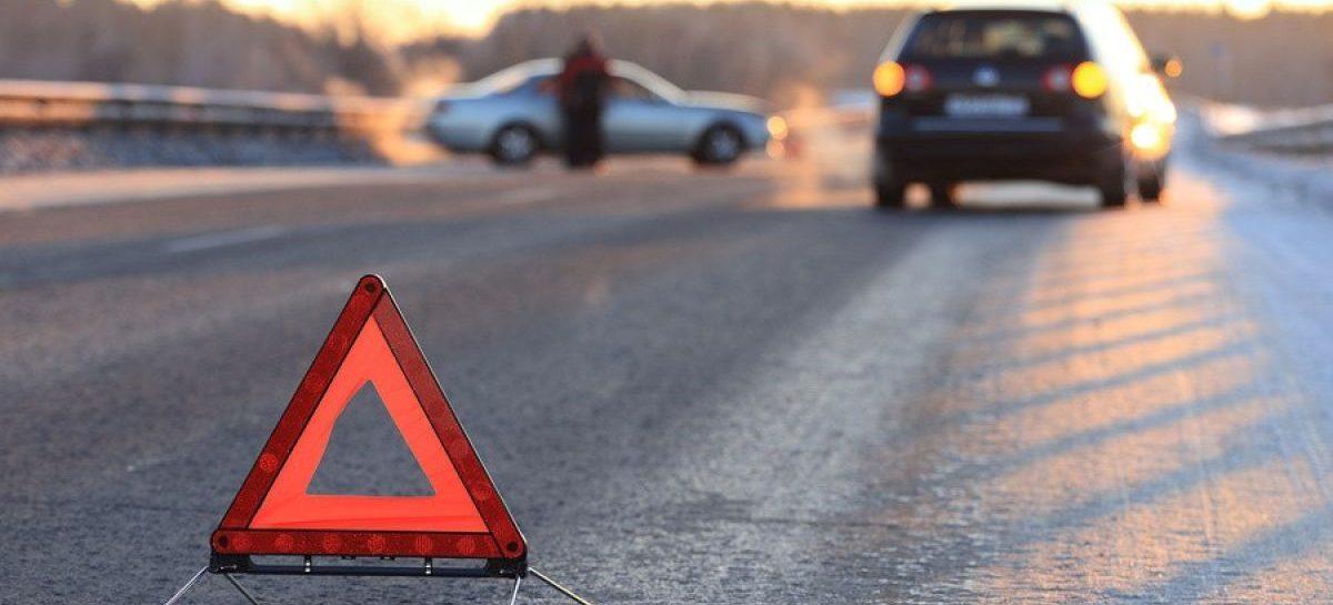 Женщина перебегала дорогу перед «Hyundai Accent» и была сбита