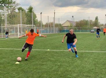 Сальский футбол: продолжается борьба за Кубок Победы