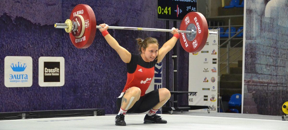 Сальчанка Кристина Соболь снова стала чемпионкой России по тяжелой атлетике