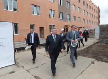 В Азовском районе завершат реконструкцию геронтологического учреждения