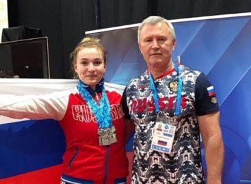 «Это только начало!»  Сальская тяжелоатлетка Дарья Рязанова завоевала «серебро» юниорского первенства мира