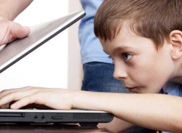 Как уберечь ребенка от компьютерной зависимости?