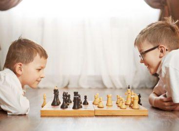 Юных сальчан приглашают в детский шахматный клуб