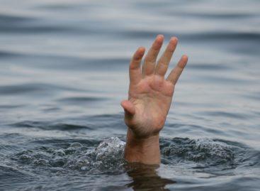В реке Средний Егорлык утонул мужчина