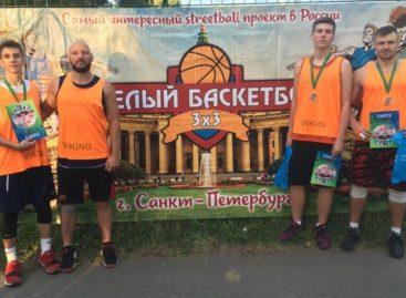 На турнире по стритболу в Санкт-Петербурге сальский «Русич» взял «бронзу»