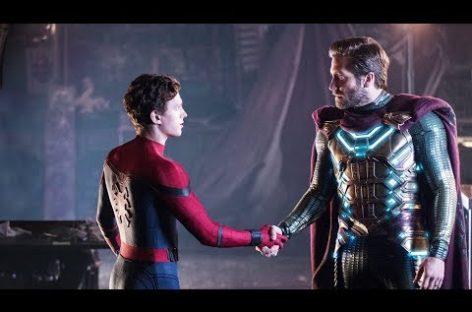 И снова смотрим за приключениями Человека-паука