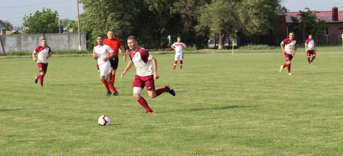 Битвы на сальских полях идут не только за урожай, но и за победы в футбольных матчах