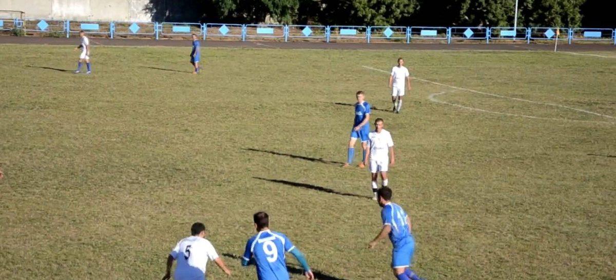 Сальчане стараются сохранить лидерство в зоне на «Восток» на Кубке губернатора по футболу