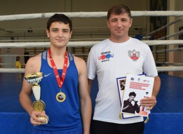 Сальчанин Камал Сардалов одолел призера России в Москве и завоевал победу