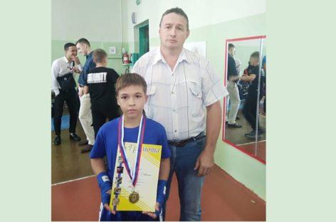 Сальский спортсмен стал победителем областного первенства по кикбоксингу