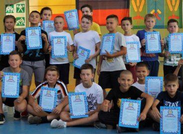 Спортивный ответ: сальчане в День солидарности в борьбе с терроризмом провели соревнования