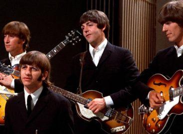 Минкульт рекомендует: песни «ABBA», «The Beatles», «Queen» и Окуджавы вошли в «культурный норматив» школьника