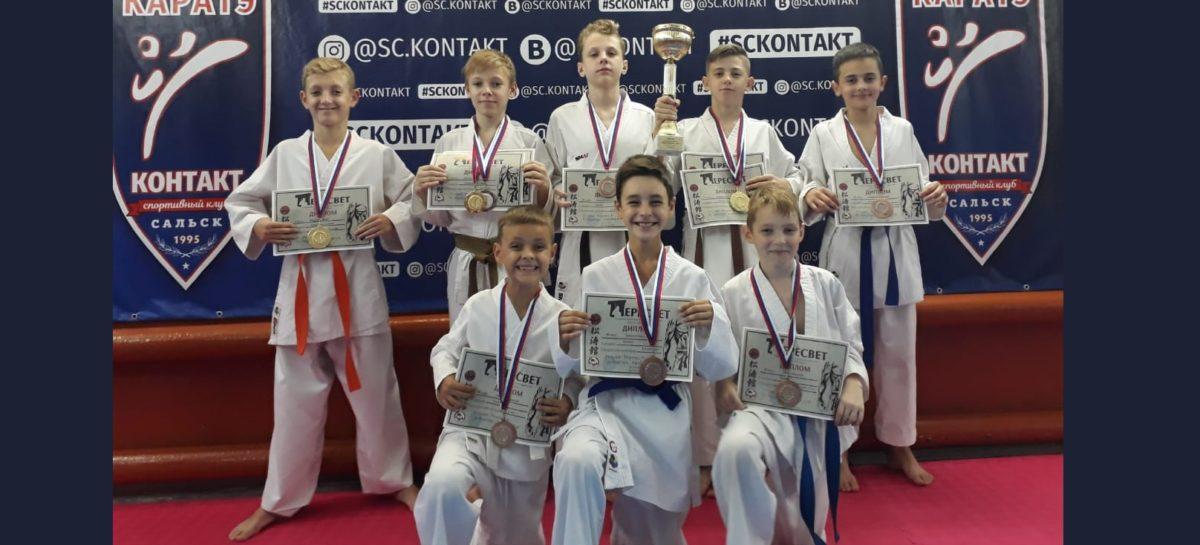 Сальский клуб «Контакт» выступил на открытом турнире по каратэ WKF «Кубок Пересвета» в Аксае
