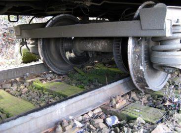 На станции «Сальск» с рельсов сошёл вагон с углём