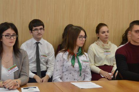 Студенты юго-востока Ростовской области собрались на «мозговой штурм» в Сальском индустриальном техникуме