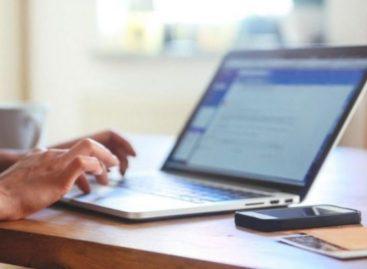 С начала года через сервис электронного взаимодействия с операторами связи поступило около 21 тысяч заявок на получение разрешительных документов
