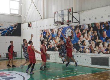 Сальский баскетбол: «Русич» продолжает борьбу в Кировской и Ростове