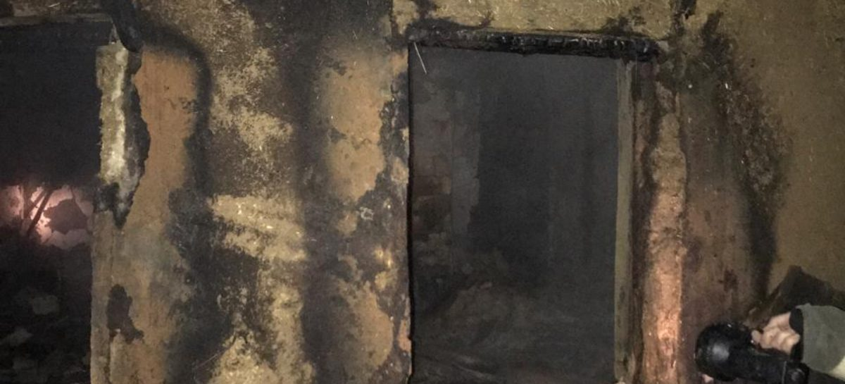 В Сысоево-Александровском, на Северной, тушили летнюю кухню
