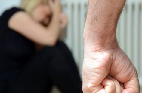 В Сальске ссора между супругами закончилась рукоприкладством