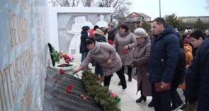 В Конезаводе имени Будённого встретили 77-летие со дня освобождения поселка