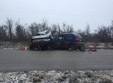 Житель Романовки выехал на встречку и допустил столкновение со встречной иномаркой