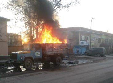 Остался ли на ходу грузовик, который загорелся неподалеку от сальской школы?