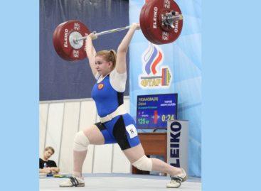 Сальчанка Дарья Рязанова победила на Кубке России по тяжелой атлетике