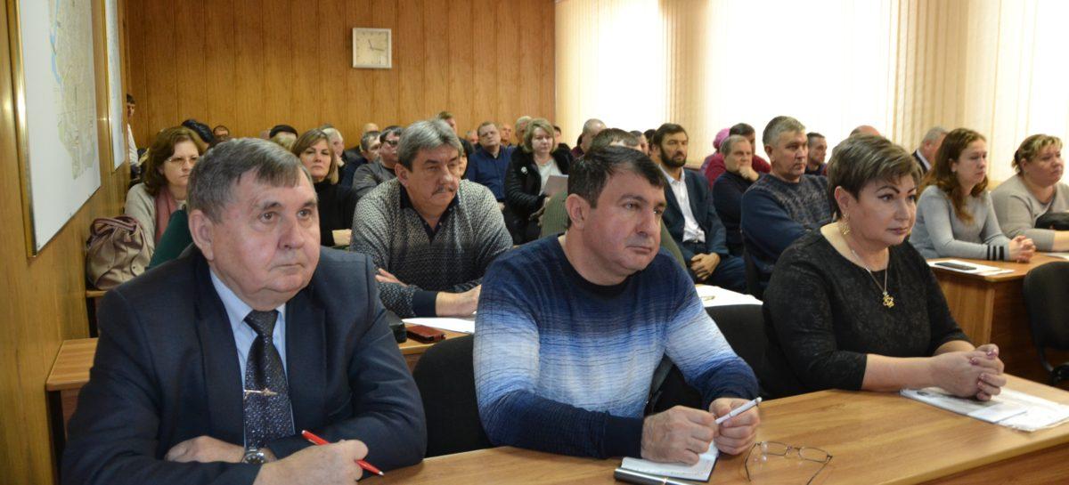 В Сальске состоялся семинар-совещание с ведущими хозяйствами юго-востока Дона