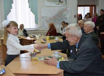В Сальске продолжается вручение медалей к юбилею Победы