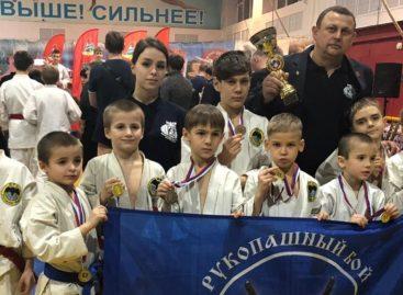 Сальские рукопашники выступили в Ростове