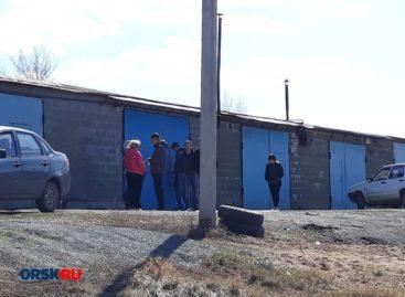 В Сальске, в гаражном кооперативе, обнаружили мужчину в бессознательном состоянии