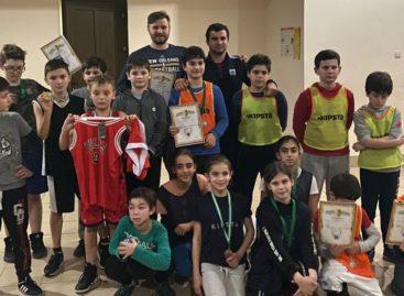 Первые в Абхазии: воспитанники сальской ДЮСШ победили в турнире по стритболу в Абхазии