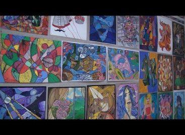 Приближают красками: в детской художественной школе рисуют весну