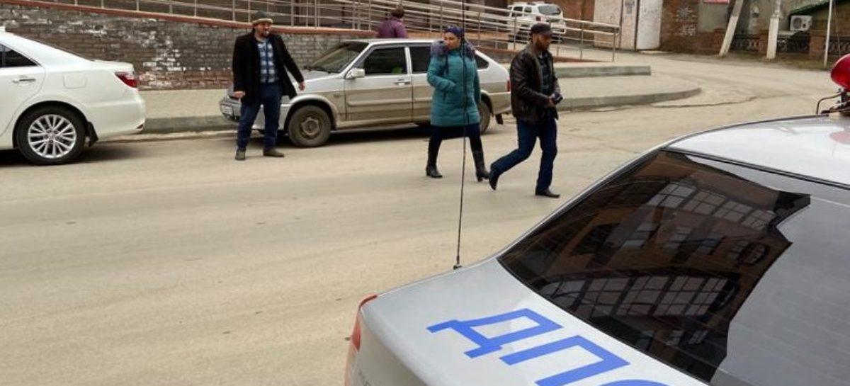 На дорогах Сальского района идет рейд «Пешеход»