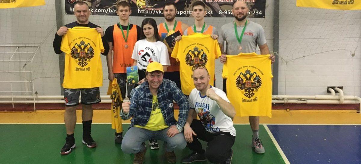 Баталии под кольцом: сальская команда «Русич» выступила за неделю на двух турнирах
