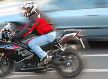 Мотоциклисты и велосипедисты, соблюдайте правила на дорогах!