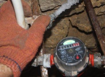 Коммунальщики в Сальском районе хотят, чтобы жители выносили водомеры за пределы двора