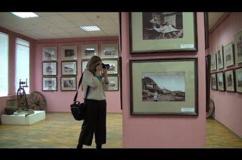 Черно-белая магия: в сальском музее работает выставка фотографа и изобретателя XIX века