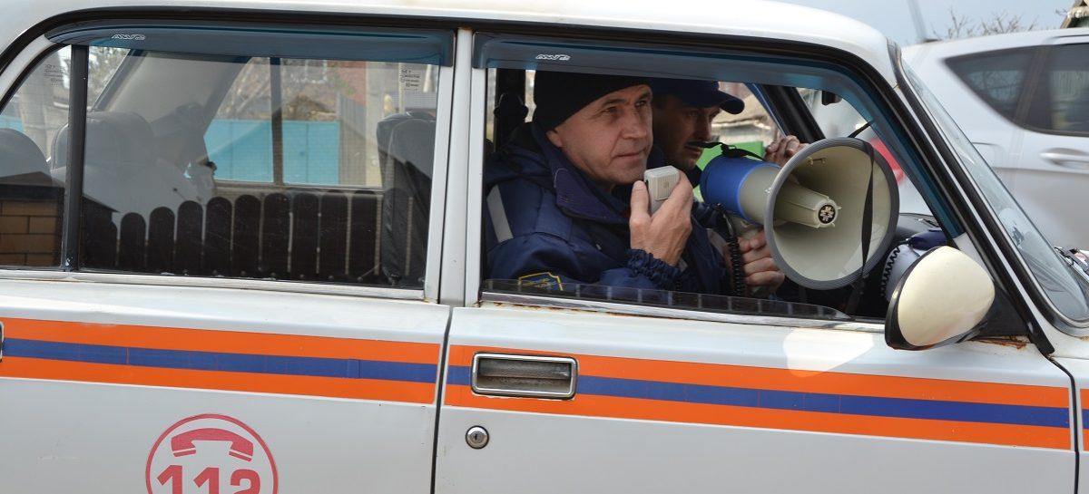 Донские спасатели и специалисты МЧС напоминают о соблюдении масочного режима
