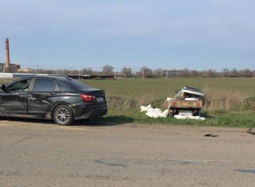 В Сальске мужчина пострадал в столкновении трёх автомобилей
